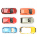 自動車保険が初心者の方へ。自動車保険に付くサービスや特約について