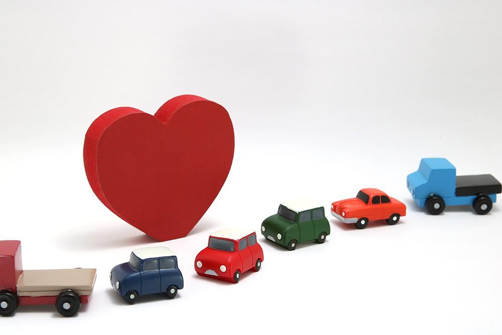 一番安い自動車保険を探そう!